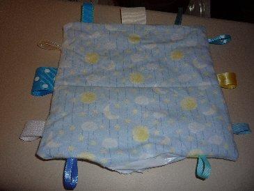 Crinkle Blanket 3.jpg